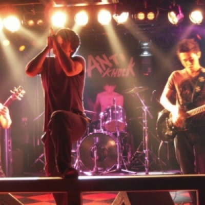 The 穴rhythm