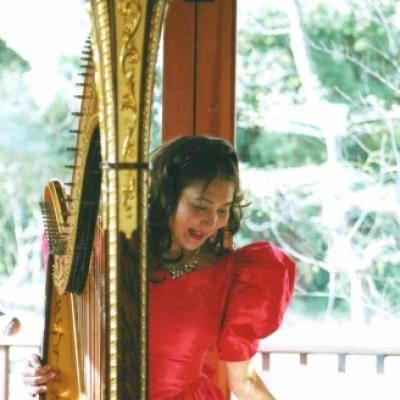 Harpist Erika