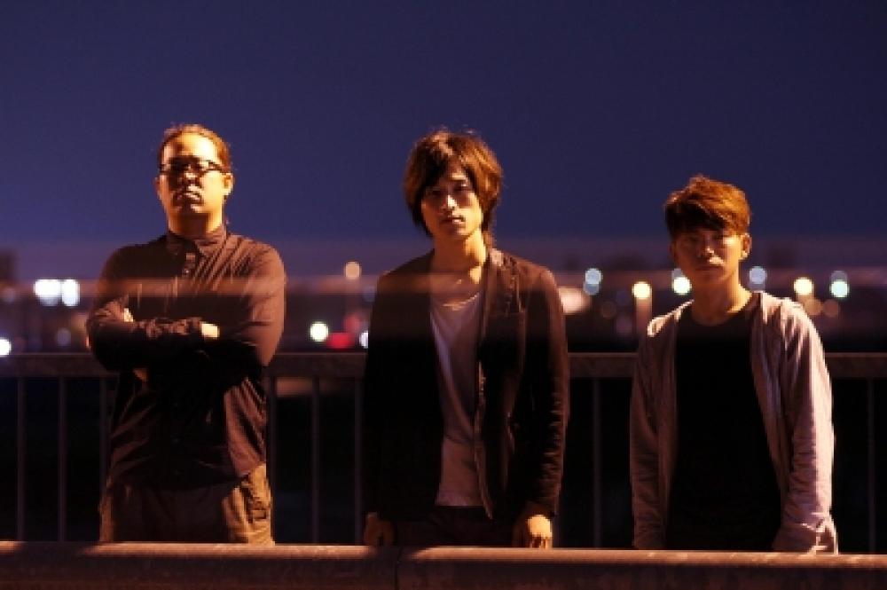 ing  [2012/06/03  1st Mini Album「Nights & Stones」Release]
