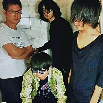 Sebastian Yellow Club Band