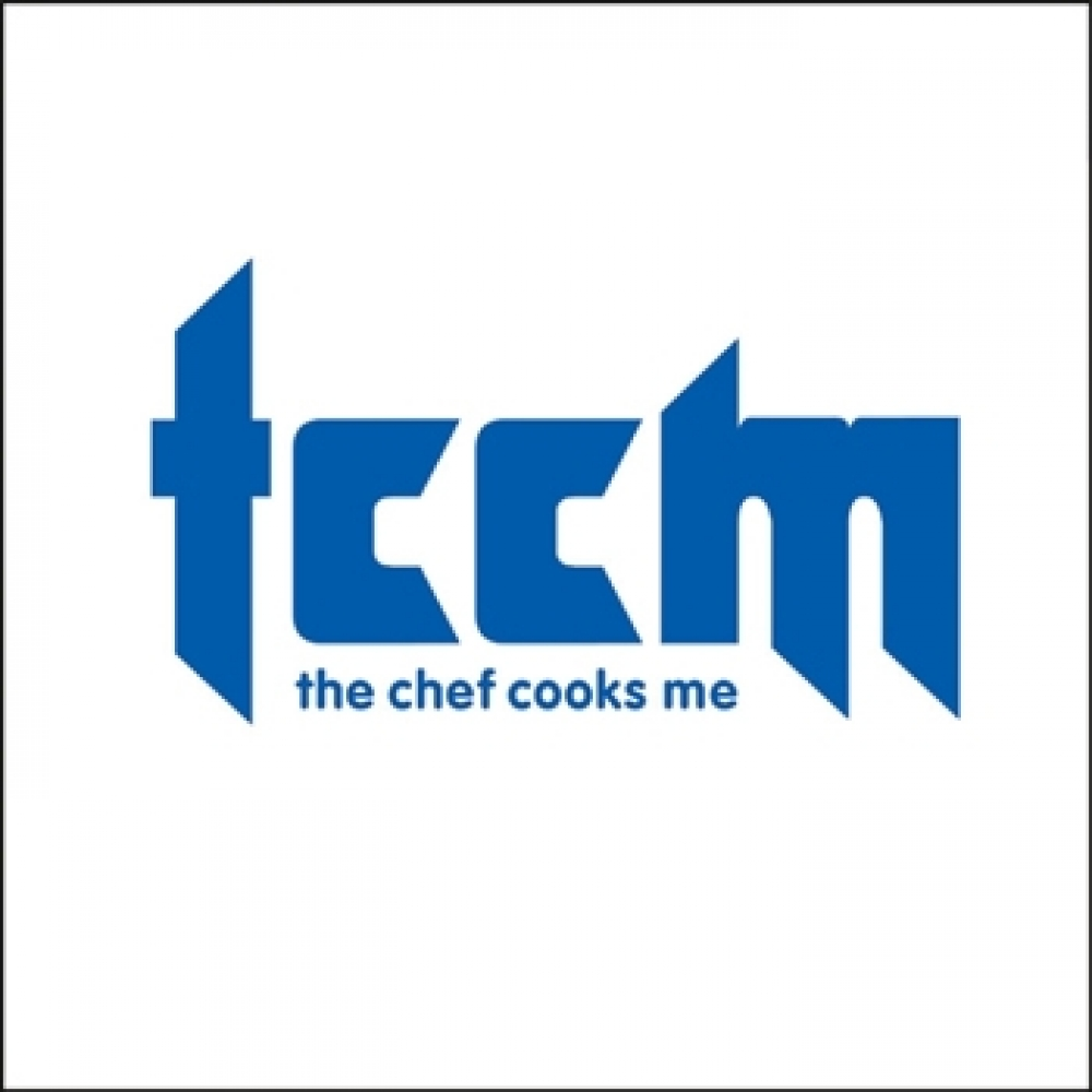 the chef cooks me