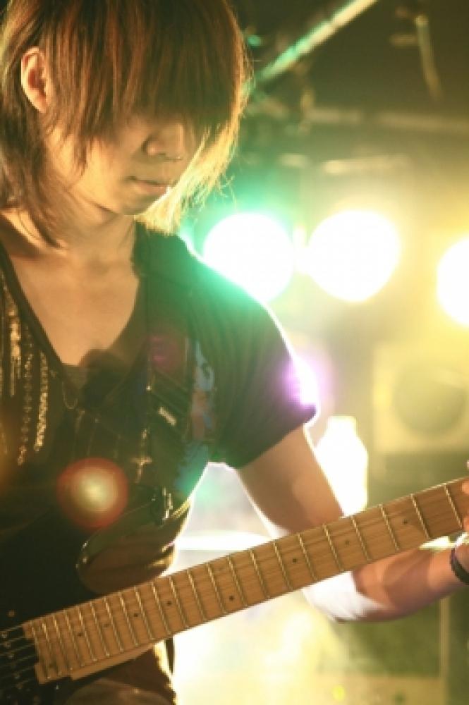 teru(T・Y・Guitars)
