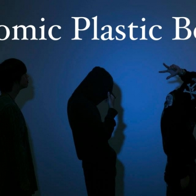 Atomic plastic boys
