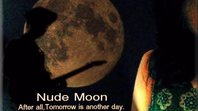 Nude Moon